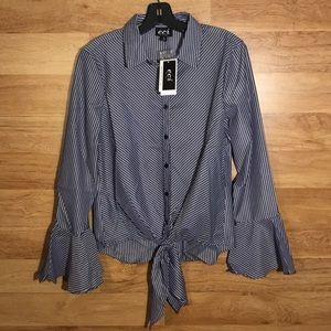5/$25 BUNDLE SALE ECI Long Sleeve Top